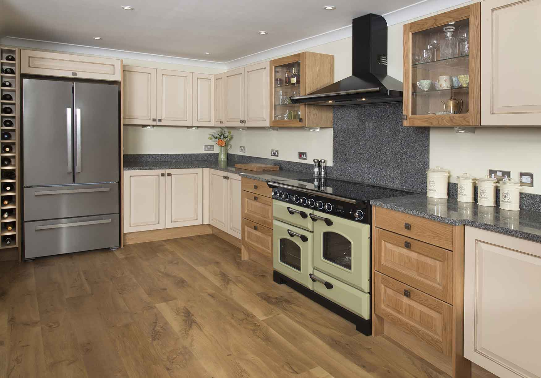 New kitchens kidderminster worcestershire for Kitchenette cabinets